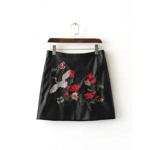Mini Skirt Wanita Swan Roses-Warna Hitam-Trendy-Branded-Keren 42421