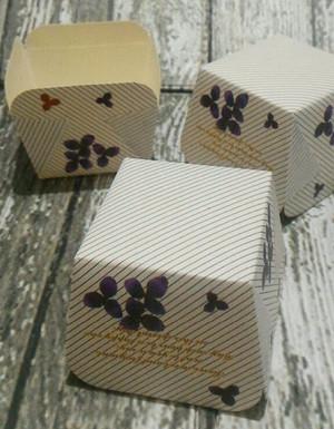cup case kertas bentuk kotak