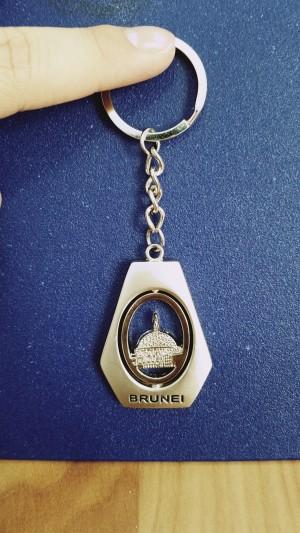 oleh oleh gantungan kunci terbaru negara brunei