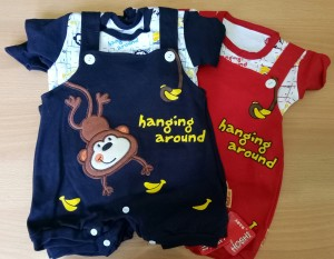 Baju Bayi Jumper/Baju Kodok 2 pcs Karakter Monkey Hanging Around