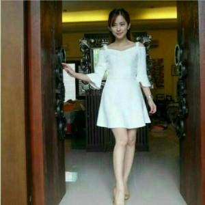 Dress Manohara BW