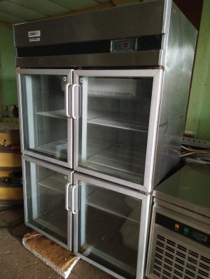 Upright Chiller Glass Door Stainless 4 Door (Bekas)