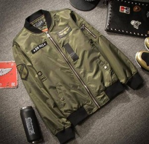 Jaket Bomber Military Green