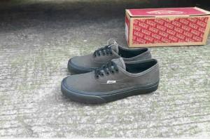 Sepatu casual pria vans authen grey black IFC