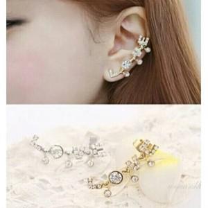 Ear clip LOVE   aksesoris import lucu murah unik   anting jepit