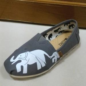 Sepatu Lulia Bahan Kanvas (size 36 - 39)