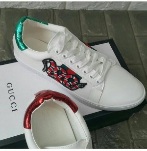 JNDS21gc sneakers snake white gucci IMPORT good quality