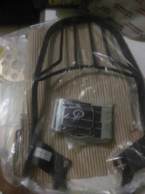 braket box cb150r