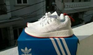 sepatu adidas nmd R2 core white