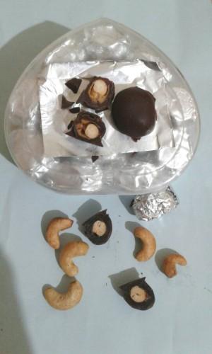 Kurma Mete Lapis Cokelat Sarah Bakery, Lezat Legit Banget