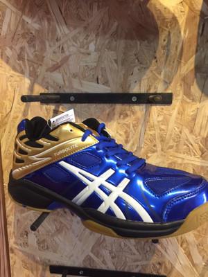Sepatu volley professional Turbolite low 2 new blue gold original