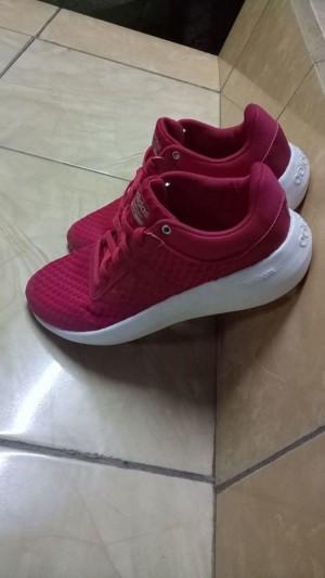 Sepatu Sneaker Original Adidas Cloudfoam Race Pink