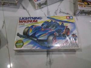 TAMIYA Mini 4WD Lightning Magnum