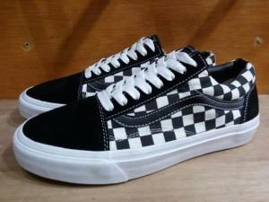 harga sepatu vans old skool black white original