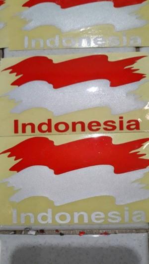 Stiker Bendera Merah Putih Berkibar