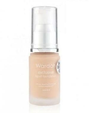 wardah exclusive liquid foundation 02 Sheer pink
