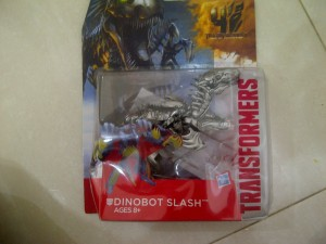 TRFM132 Transformers Age of Extinction Dinobot Slash - Deluxe Class