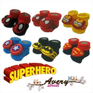 Kaos kaki Super hero Avery Street