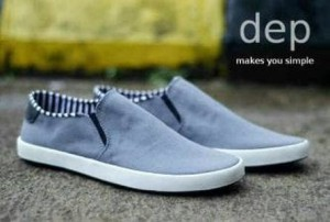 D4518 Sepatu casual  Dep Slip on Grey KODE RR4518