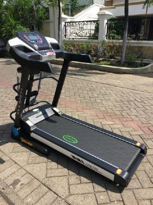 Alat fitness treadmill electrik OSAKA II AM