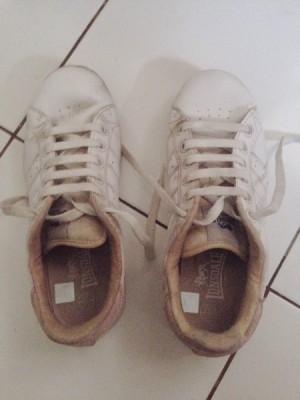 sepatu sneakers ionsdale
