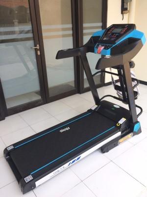 Treadmill Elektrik FC OSAKA II AM alat fitness olahraga fitnes lari
