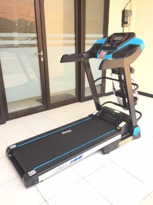 Treadmill Elektrik FC OSAKA II M alat fitness olahraga fitnes lari