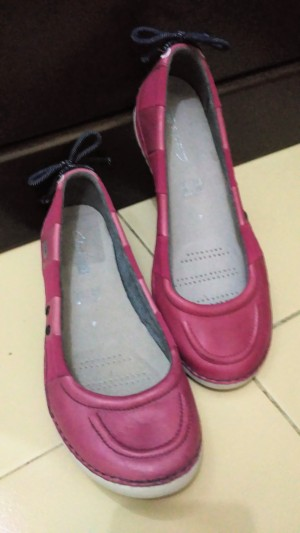 Clarks Active Air size 4 UK (37 EU) [NEW WITHOUT TAGS, NO BOX]