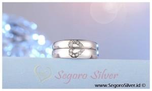 Cincin Couple Tunangan Perak Kadar Murni Original Silver