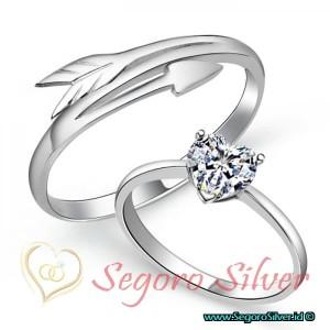 Cincin Perak Couple Tunangan Kadar Murni Silver 950