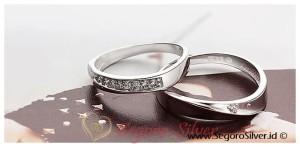 Cincin Tunangan Cincin Couple Perak Murni