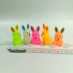 Mainan hewan karet mandi encit encit kelinci rabbit bath vinyl