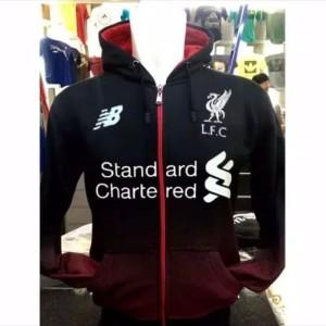 jaket hoodie bola Liverpool