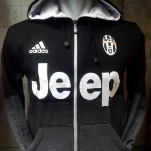 Jaket Juventus gradasi
