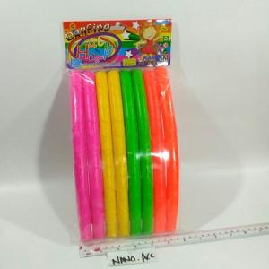 Mainan colorful hula hoop