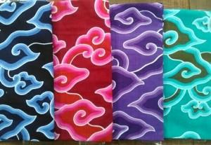 Kain Batik Printing Mega Mendung Biru Hitam