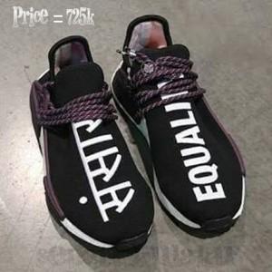 separation shoes 1b718 50419 Jual Adidas nmd chanel 2 Varian pharrel dan Equality - Hitam, 42 -  sepatukulaku | Tokopedia
