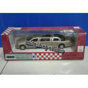 Kinsmart 1999 Lincoln Town Car Stretch Limousine