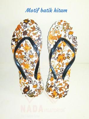 Sandal Jepit Wanita Motif Batik Hitam/Sendal kaki unik Special Edition