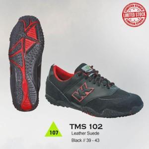 Sepatu Gunung / Hiking / Boot / Adventure Pria - TMS 102