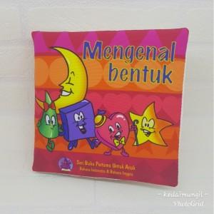 """Buku Bantal - """"Mengenal Bentuk"""""""