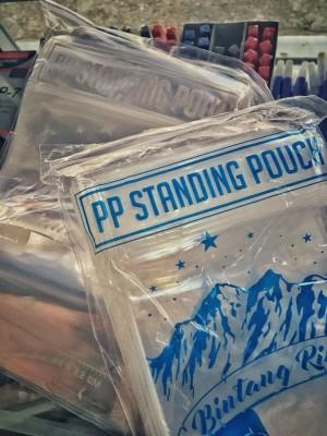 Plastik klip berdiri ziplock standing pouch 16x32 las tipis