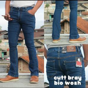 Celana Jeans Cutbray Man 01