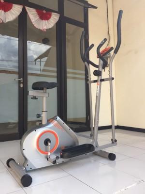 ELLIPTICAL BIKE FC 800 HA ( SEPEDA STATIS ) Alat Fitness gym fitnes