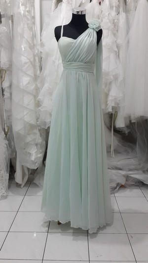 Long dress hijau muda