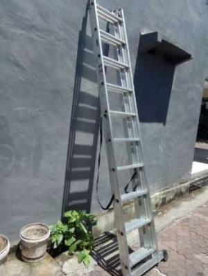 Tangga alat tukang tinggi 7 meter