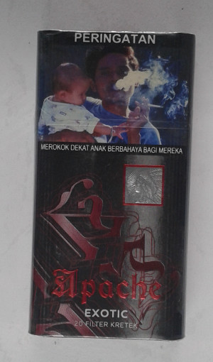 Rokok Apache Exotic Red 20