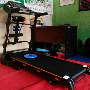 Treadmill Elektrik 4 Fungsi
