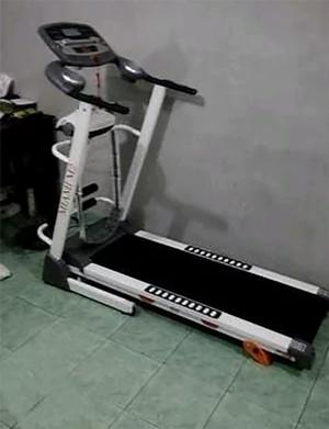 Treadmill Elektrik 4 Fungsi Miami M2