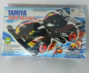 Tamiya mainan anak model kit 4WD